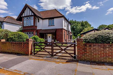 3 bedroom detached house for sale - Greenlands Road, Staines-Upon-Thames