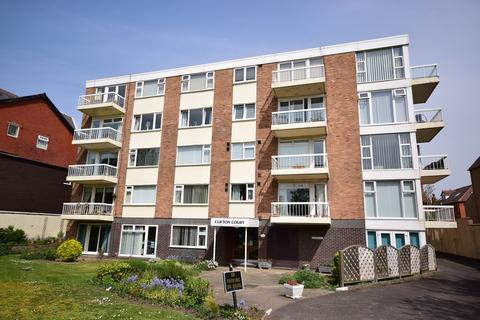 3 bedroom apartment for sale - 297 Clifton Drive South, Lytham St Annes, FY8