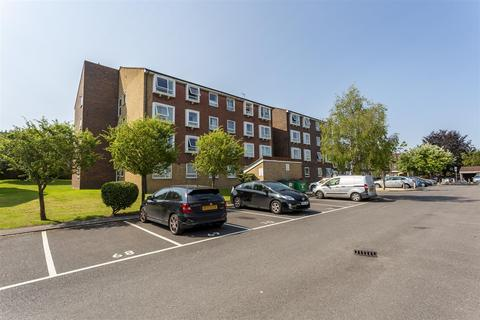 1 bedroom apartment for sale - Station Approach, Cheam, Sutton