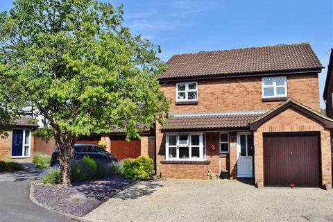 4 bedroom detached house for sale - Lockswell Close, Chippenham, Wiltshire, SN15
