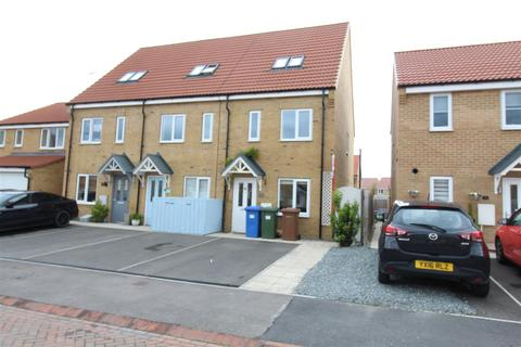3 bedroom end of terrace house to rent - Avocet Close, Hornsea