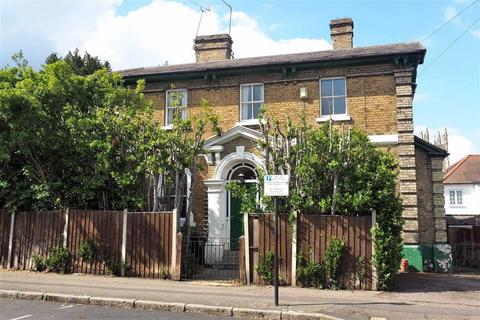 5 bedroom detached house for sale - Queens Road, Buckhurst Hill