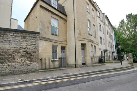 Studio to rent - Kingsmead Terrace