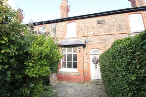3 bedroom terraced house to rent - Knutsford View, Hale Barns, Hale Barns