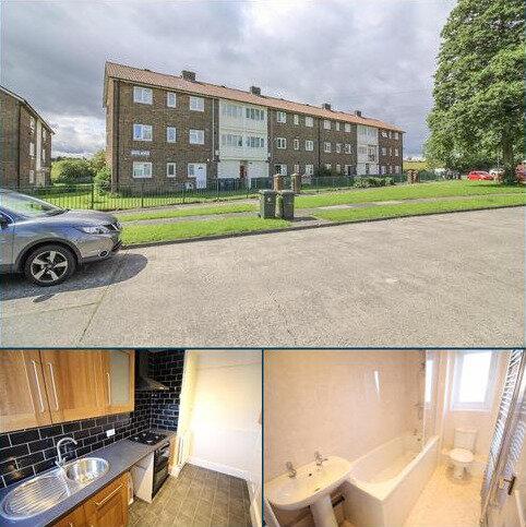 2 bedroom flat for sale - Wycliffe Avenue, Montagu Estate, Gosforth