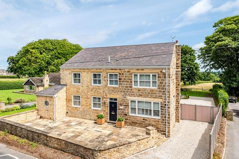 6 bedroom detached house for sale - Bramham Road, Clifford, West Yorkshire, LS23