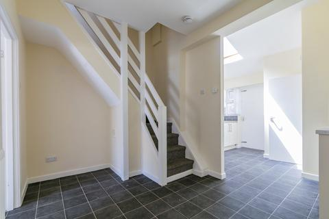 2 bedroom terraced house to rent - Holmes Street, liverpool L8