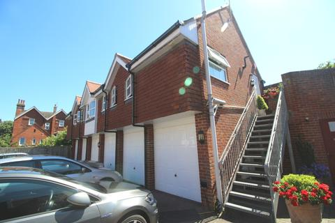 2 bedroom coach house for sale - Churchfield Square, Upperton, Eastbourne BN21