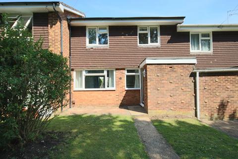 3 bedroom terraced house to rent - Green Leys MAIDENHEAD Berkshire