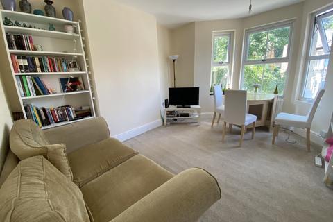 3 bedroom maisonette to rent - Whiteley Road, London SE19
