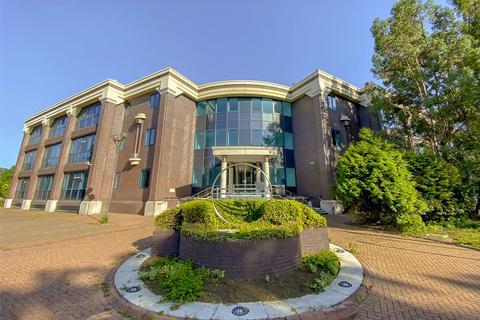 2 bedroom apartment to rent - L'avenir, Opladen Way, Bracknell, Berkshire, RG12