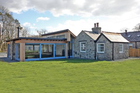 4 bedroom detached house for sale - Llwyn Onn, Llanfairpwll, Anglesey, LL61