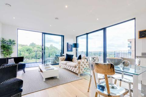 3 bedroom apartment for sale - Northolt Road, Harrow, North West London