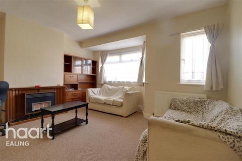 2 bedroom flat - Lady Margaret, Southall, UB1