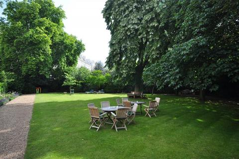 2 bedroom flat - Hyde Park Gardens, Bayswater, London, W2