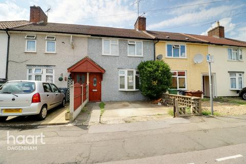 2 bedroom terraced house for sale - Rogers Road, Dagenham