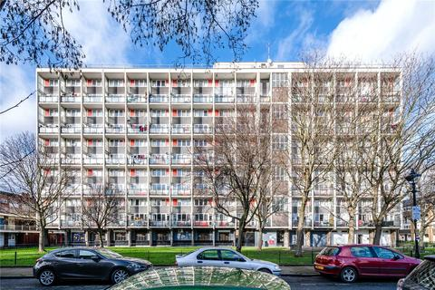 3 bedroom apartment to rent - Raynham House, Harpley Square, London, E1