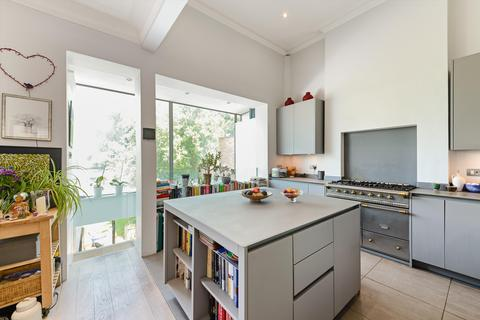 7 bedroom semi-detached house for sale - Brondesbury Park, London, NW2