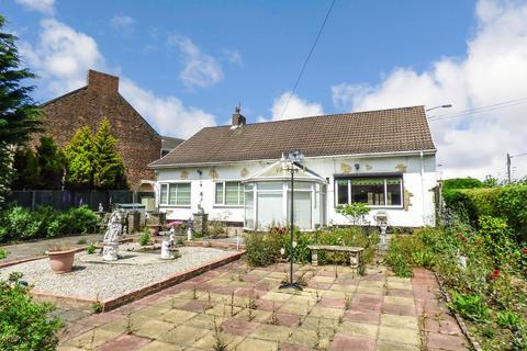 3 bedroom bungalow for sale - North Road West, Wingate, Durham, TS28 5AP