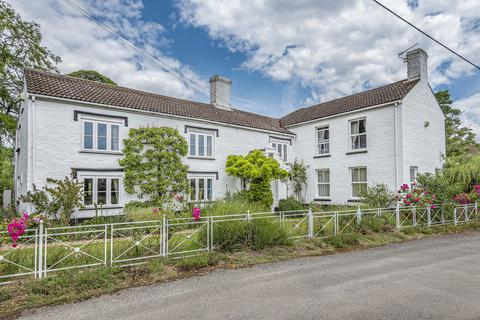 4 bedroom farm house for sale - Boughton