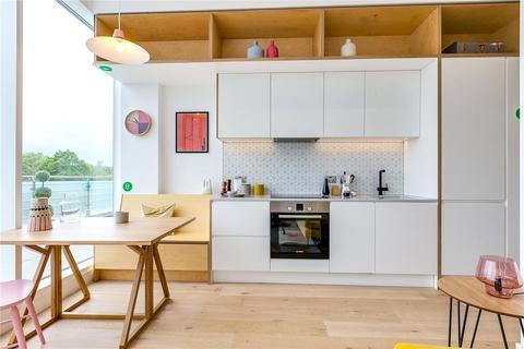 1 bedroom flat for sale - Apt Living, Great West Road, TW8