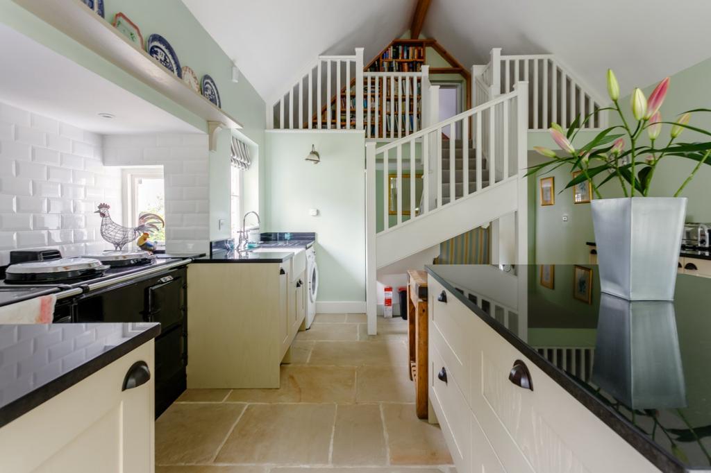 Kitchen / Mezzanine