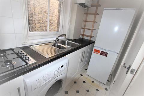 5 bedroom flat to rent - Stanlake Road, Shepherd's Bush, London, England, W12 7HH