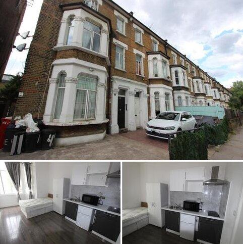 Studio to rent - Wood Lane, London, W12 7DP