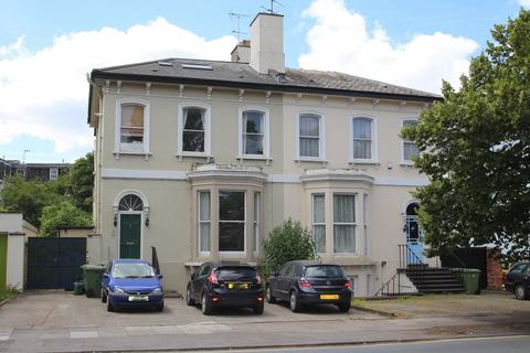 2 bedroom apartment to rent - Queens Road, Cheltenham, Gloucestershire