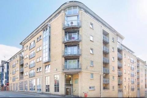 3 bedroom flat to rent - Montague Street, Bristol, BS2 8NZ