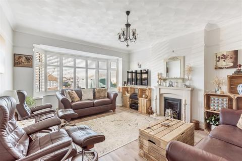 3 bedroom detached bungalow for sale - Overhill, Southwick, Brighton