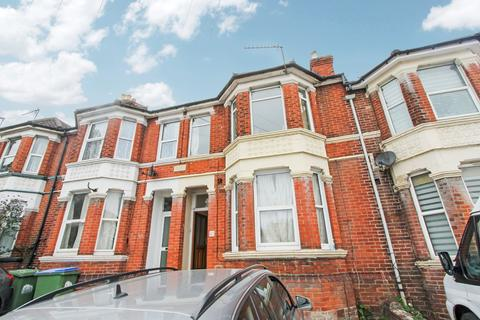 2 bedroom apartment to rent - High Road, Swaythling, Southampton, SO16