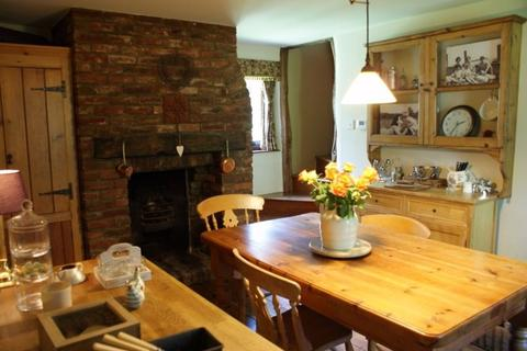 4 bedroom detached house to rent - The Street, Mereworth, ME18 5NA