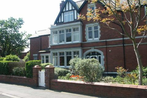 2 bedroom flat for sale - 1 Court Royal, Church Road, Lytham