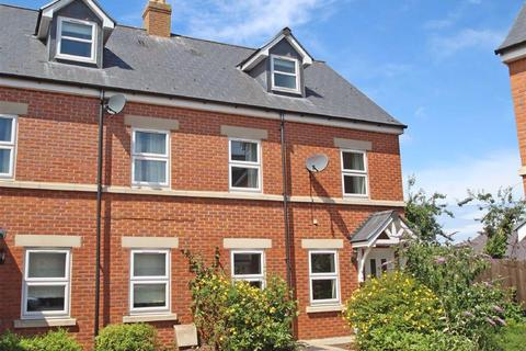 3 bedroom end of terrace house for sale - Railway Mews, Hereford