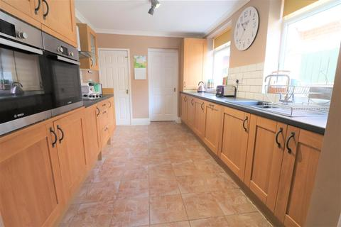4 bedroom terraced house for sale - West View, Ashington
