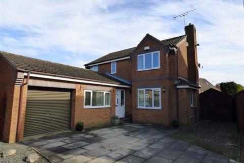 4 bedroom detached house for sale - Saxon Rise, Molescroft, Beverley
