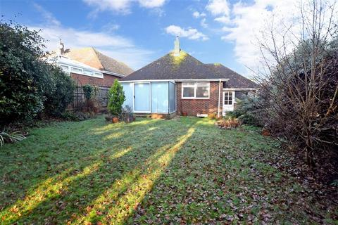 2 bedroom detached bungalow for sale - Franklands Close, Worthing, West Sussex