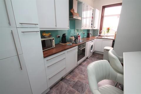 2 bedroom flat for sale - Old Town, Broxburn