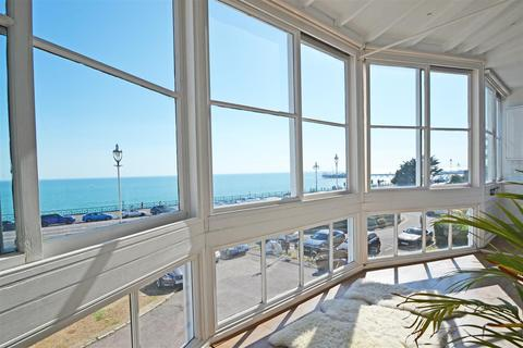 Studio to rent - Marine Parade, Brighton, BN2 1DD
