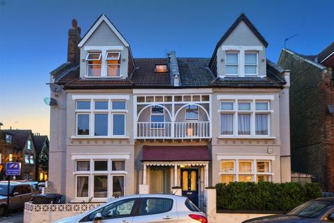 3 bedroom flat for sale - 43 Sunnyside Road, Ealing, W5 5HT