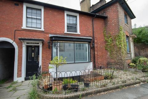 3 bedroom semi-detached house to rent - Goods Station Road, Tunbridge Wells