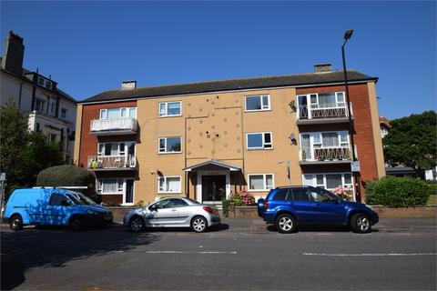 2 bedroom flat for sale - College Court, Spencer Road, Eastbourne