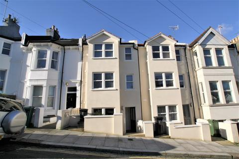 4 bedroom terraced house for sale - Whippingham Road, Brighton