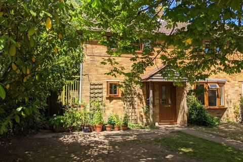 3 bedroom end of terrace house for sale - Frittenden, Kent