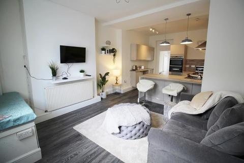 1 bedroom ground floor flat to rent - 25 Glebe Street