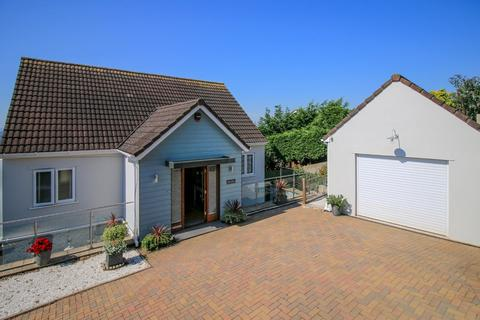 5 bedroom detached house for sale - Higher Woodway Road, Teignmouth