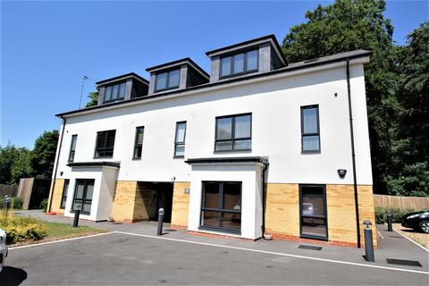 3 bedroom penthouse for sale - Station Mews, MEDSTEAD, Hampshire