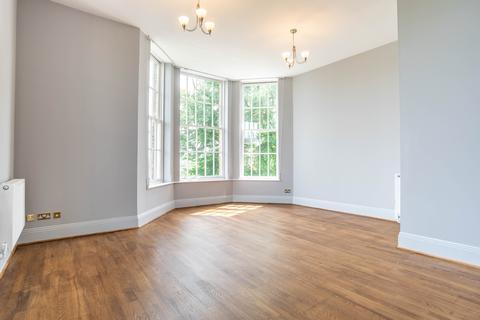 3 bedroom apartment for sale - Princess Park Manor, Royal Drive N11 3FQ