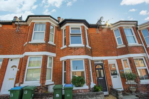 2 bedroom terraced house for sale - Queens Road, Upper Shirley, Southampton, SO15